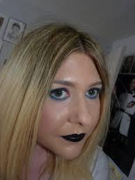 the makeup junkie u0027s diary nyx born to glow liquid illuminator