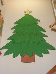 christmas tree decorating ideas created from a large piece of