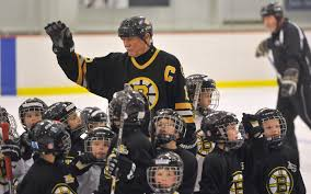 ex bruins great middleton helps kids learn hockey skills sports