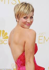 why did kaley christine cuoco sweeting cut her hair kaley cuoco chows down on mcdonalds before the emmys red carpet
