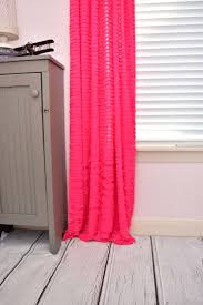 Yellow Ruffle Curtains by The 25 Best Pink Ruffle Curtains Ideas On Pinterest Pink