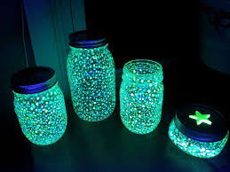 Glow In The Dark Halloween Decoration Ideas by Easy Halloween Decorations Thrillvania