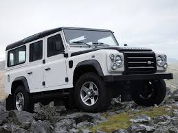 mercedes that looks like a jeep jeep wrangler vs land rover defender vs mercedes g class