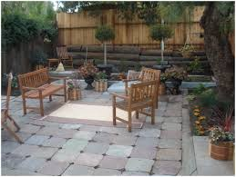 Slope For Paver Patio by Backyard Decorating Ideas On A Yards Small Patio Photo On
