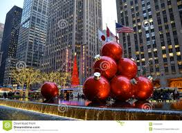new york cigiant ornaments in midtown manhattan on