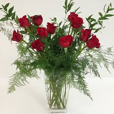 one dozen roses one dozen lovely stem roses for that special someone in