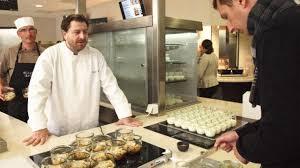 le chef en cuisine a rennes un chef étoilé cuisine pour 1 000 convives au calydon