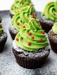 cupcake navideño con matcha tea www matchatea es recetas con té