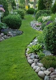 11 beautiful lawn edging ideas garden lovin