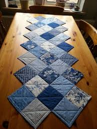 zig zag table runner a zig zag table runner made with a charm pack pattern from the