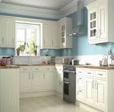 b q kitchen ideas b q it holywell style classic framed shakerkitchen kitchen