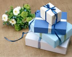 wedding gofts when to open wedding gifts everafterguide