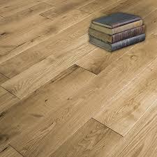 180mm x 14mm x 1800mm avoca oak varnished timber floors