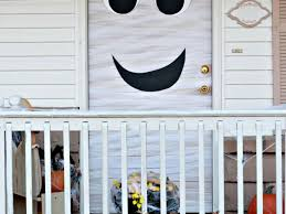 Halloween Decorating Doors Ideas Office 33 Attractive Images About Halloween Decorating Scary