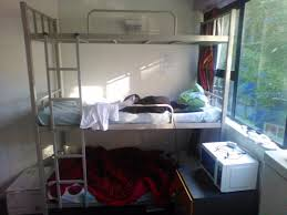 Three Level Bunk Bed Trade Me Advertising 115 A Week To Rent A Three Person Bunk Bed