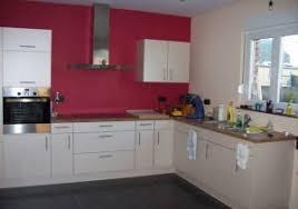 idee cuisine blanche 19 decoration cuisine blanche deco cuisine bois et blanc chaios 18