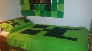 Minecraft Bed Linen - positioning bedroom minecraft geek decor bedding for kids hampedia