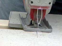 Cutting Laminate Flooring Jigsaw How To Demolish Flooring And Install Underlayment How Tos Diy
