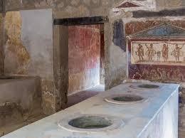 cuisine romaine antique cuisine romaine antique à pompeii image stock image du home