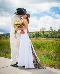country themed wedding attire 42 cool camo wedding ideas for country style enthusiasts