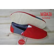 Sepatu Wakai sale promo akhir tahun sepatu wakai santai slipon elevenia