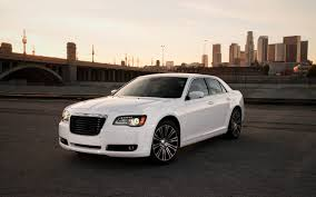 report next chrysler 300 may adopt pacifica architecture motor
