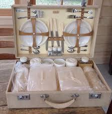 picnic basket set for 4 94 best picnic baskets images on picnic baskets