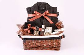 spa gift sets men s spa gift set the wickerberry