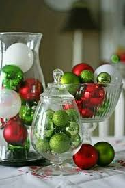 Make Your Own Christmas Centerpiece - last minute holiday centerpiece ideas apartment therapy
