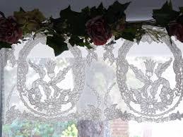 brise bise coeur le monde de rose catalogue jolis rideaux