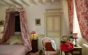 chambre de chateau chambres d hôtes gîtes et salles de réception en anjou val de loire