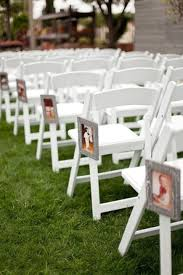 fun ways to creatively display photos at your wedding chwv