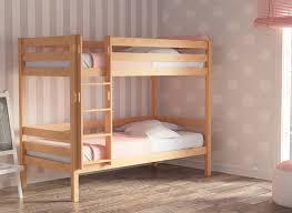 chambre fille avec lit superposé lit superposé fille joon naturel avec habillage et fuchsia