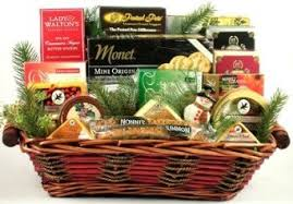 cheese and cracker gift baskets buy gourmet crackers swiss cheese gift basket in