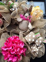 Diy Burlap Easter Decorations by 167 Best Wreath Easter Images On Pinterest Easter Wreaths