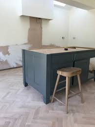 spray paint kitchen cabinets hertfordshire makeover painting kitchen units with farrow roses