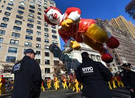 parade thanksgiving nypd boosts security for macy u0027s thanksgiving day parade after isis