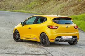 clio renault 2017 renault clio rs 220 edc trophy 2017 quick review cars co za
