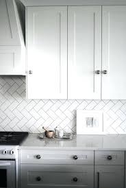 cuisine pose gratuite montage plinthe cuisine ixina photos de design d intérieur et