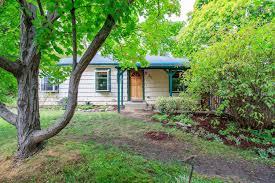 homes for sale near john muir magnet at 100 walker ave ashland