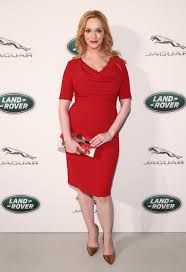 christina hendricks stuns in a red dress abc news