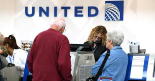 United Airlines Change Flight by United Will Now Offer Up To 10 000 For Passengers Who Give Up