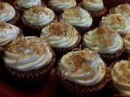 the devilish dish hawaiian wedding cupcakes