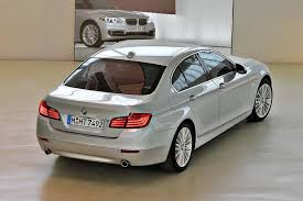 cars comparable to bmw 5 series 2016 bmw 5 series vs 2016 mercedes e class which is better