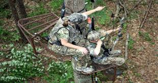 5 things to consider when building a tree stand to hunt