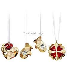 swarovski swarovski ornament set festive hearts