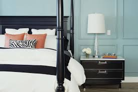 Accent Wall In Small Bedroom Choosing Colors For A Small Room Design Tips