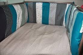 chambre bébé fabrication laisse luciefer les petits secrets couture tuto tour de lit patchwork