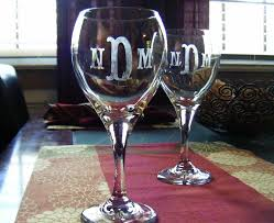 diy monogram wine glasses diy etched monogram wine glasses violet vine