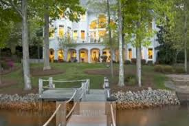 Lake Norman North Carolina Home Is A Stunning Waterfront Retreat